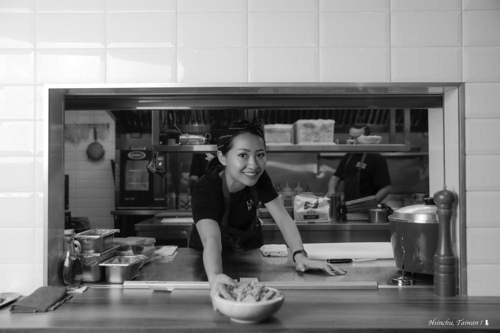吃全球下酒菜免出國  小河馬美女主廚把世界級美味帶回台灣(更新:已於 2021 年結束營業)
