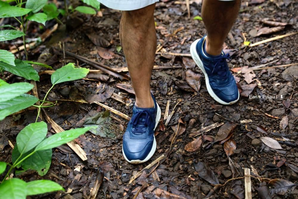邁開步伐探險帛琉秘境 享受野溪流瀑的天人合一