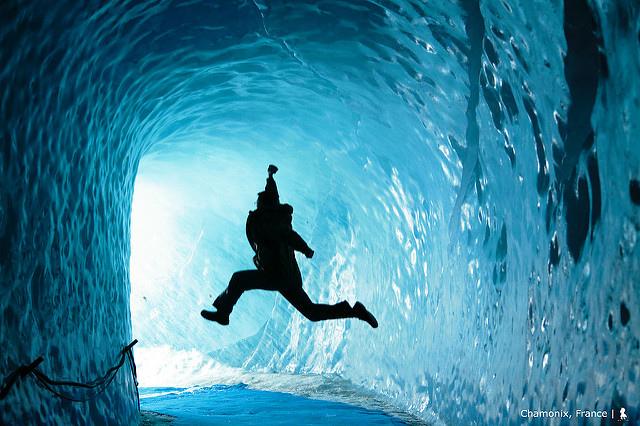 將消退的萬年前,法國冰河下的夢幻冰洞